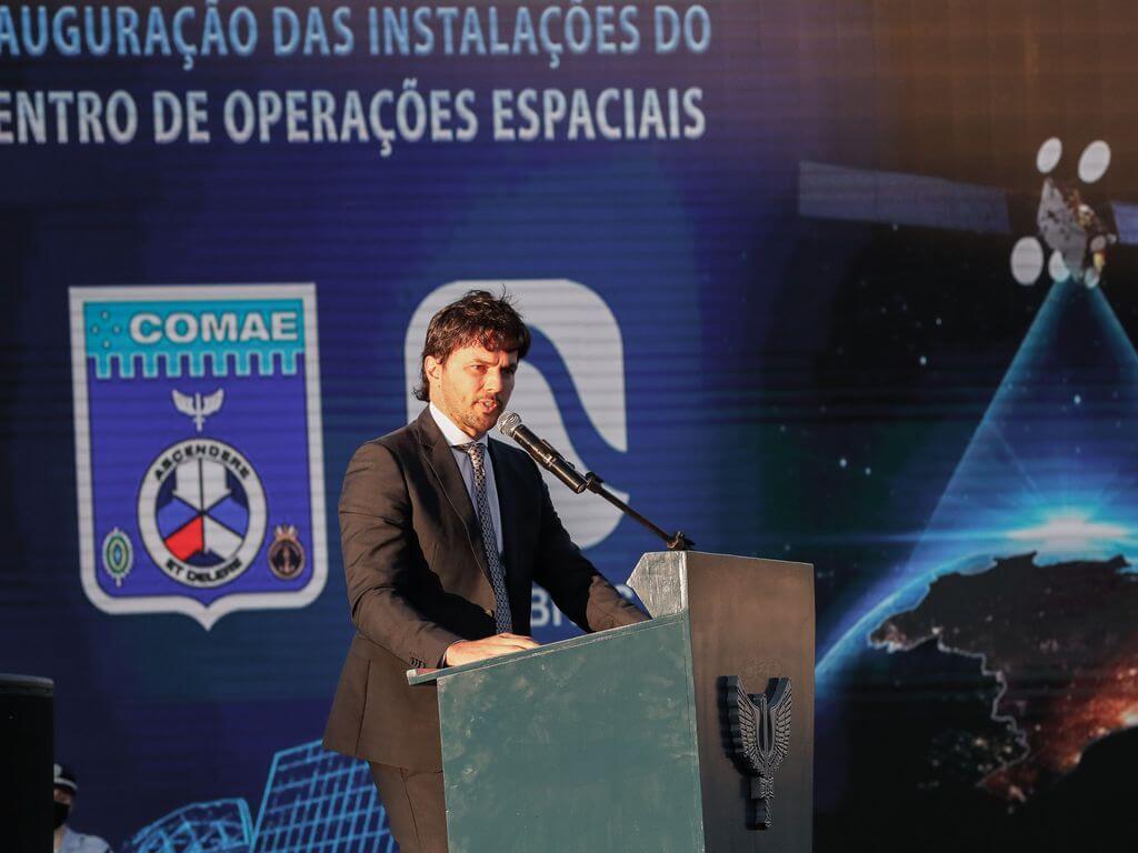 Le ministre des Communications, Fábio Fária, lors de la cérémonie d'ouverture du Centre principal des opérations spatiales (COPE-P) (Photo: Alan Santos / PR)