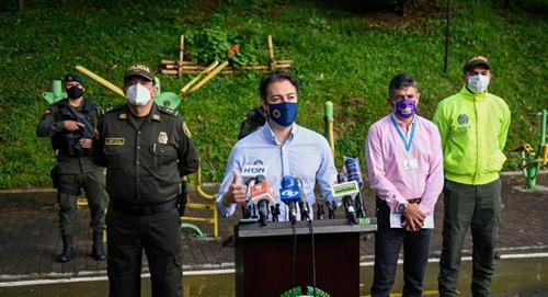 Attention: le maire de Medellín a été testé positif au COVID19