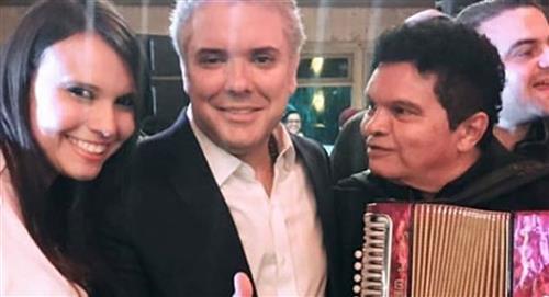 Natalia Bedoya a participé au débat et ainsi les `` mèmes '' ont plu sur les réseaux