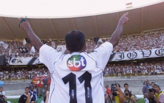 Curiosité: en 2001, lors de la finale de la Coupe João Havelange, Vasco a imprimé gratuitement le logo SBT. La raison? Une