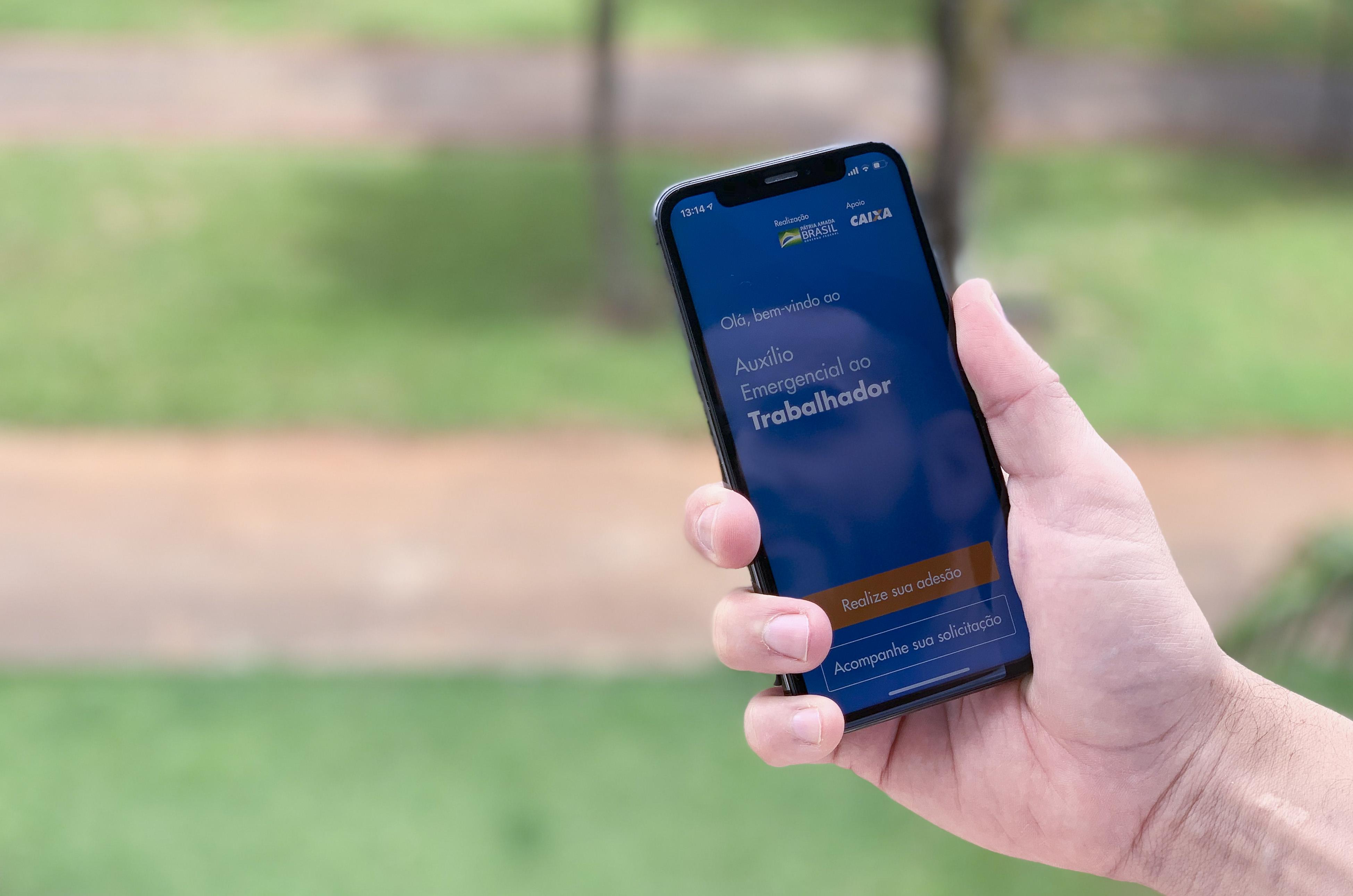Écran du téléphone portable dans l'application Emergency Aid. Contenu d'inscription unique
