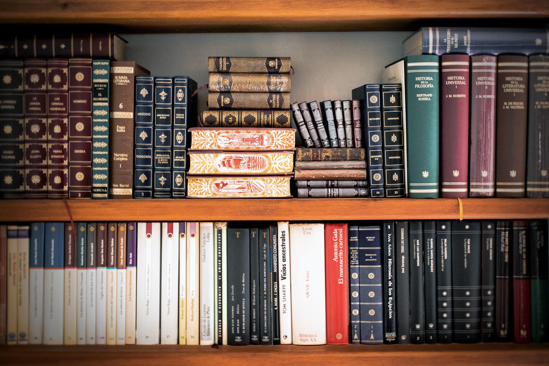 Étagère à livres. Contenu Lawfare.