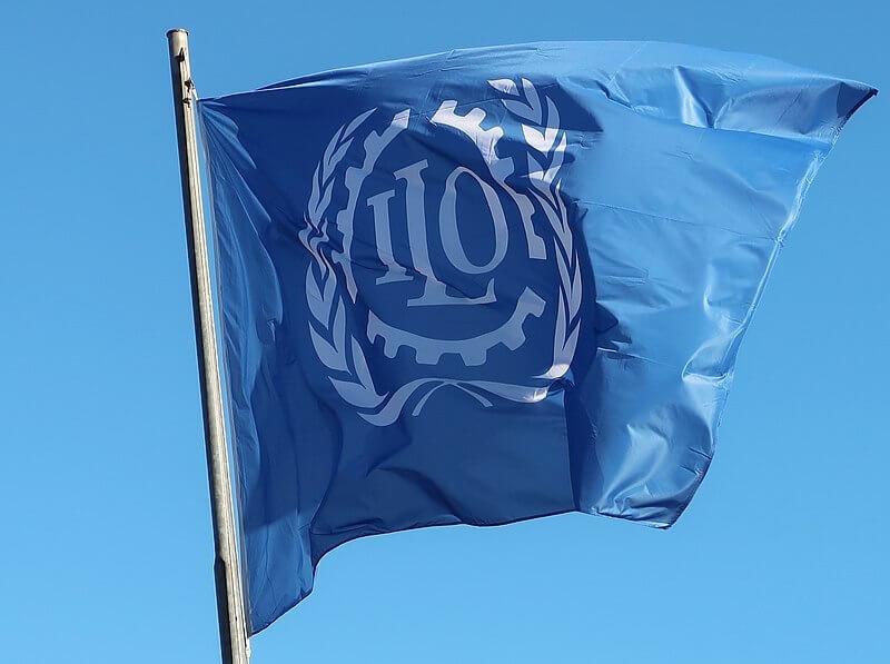 Drapeau de l'Organisation internationale du travail,