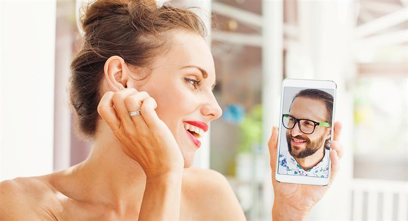 Stable dès le début d'un appel vidéo ou d'une réunion en face à face.  Photo : Shutterstock